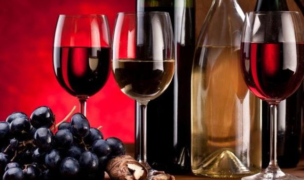 Українці переходять на імпортне вино